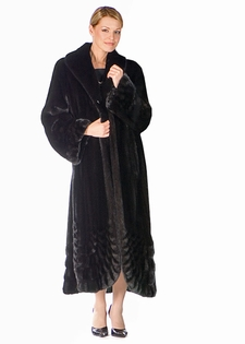 Mink Coat-Pleated Panorama Ranch Full Length Mink