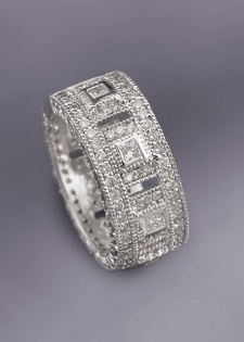 Diamond Ring - Venetian Style White Gold